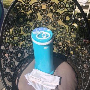 Ubbi diaper pail and reusable liner